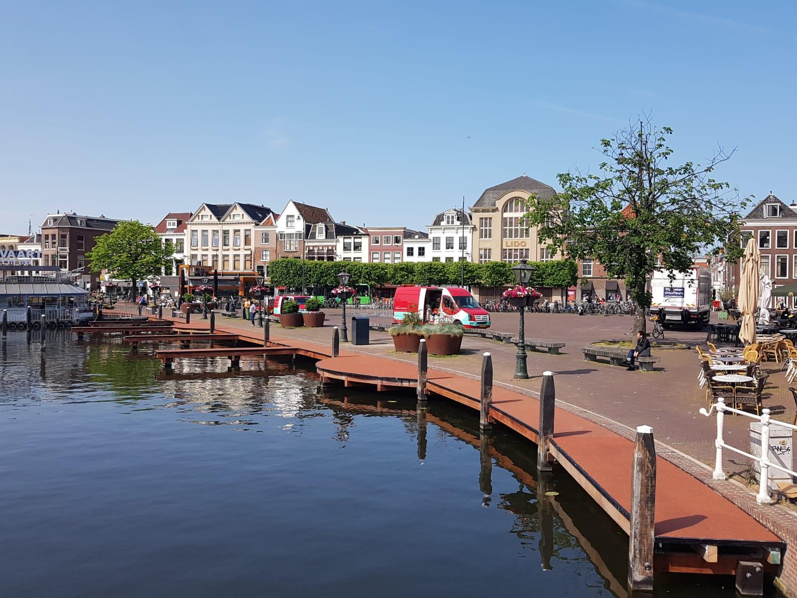 Griekspoor renoveert steiger Leiden
